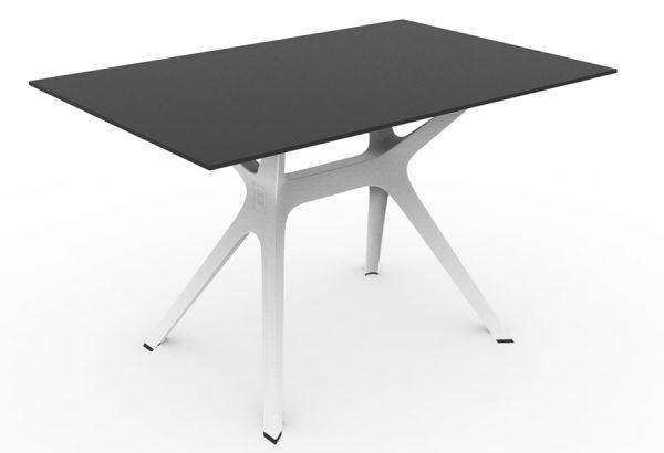 VELA Tisch mit HPL-Tischplatte in schwarz